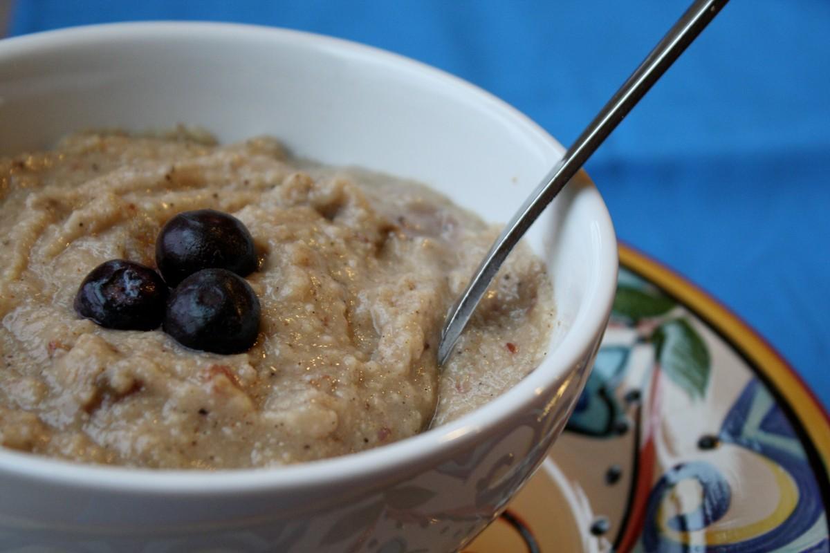 Source: http://www.tessadomesticdiva.com/2011/05/millet-porridge.html